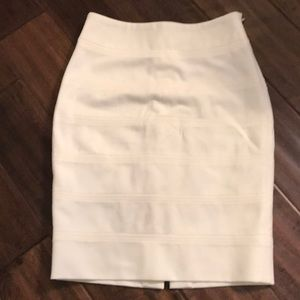 WHBM Cream Banded Pencil Skirt  Sz 00